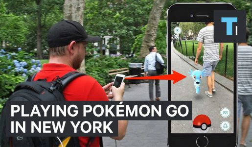 Playing Pokémon GO in New York【Play Games】