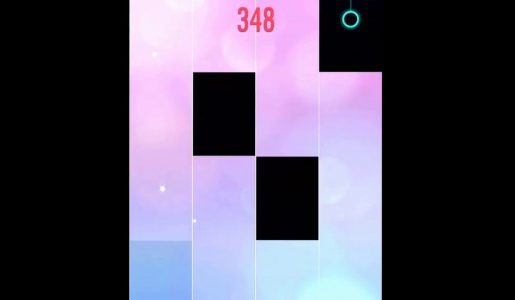 Watch me play Cannon on Piano Tiles 2!!!【Play Games】